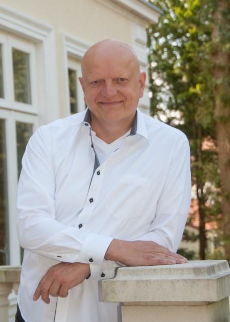 Joachim Uecker quitte la direction d'Energiequelle GmbH